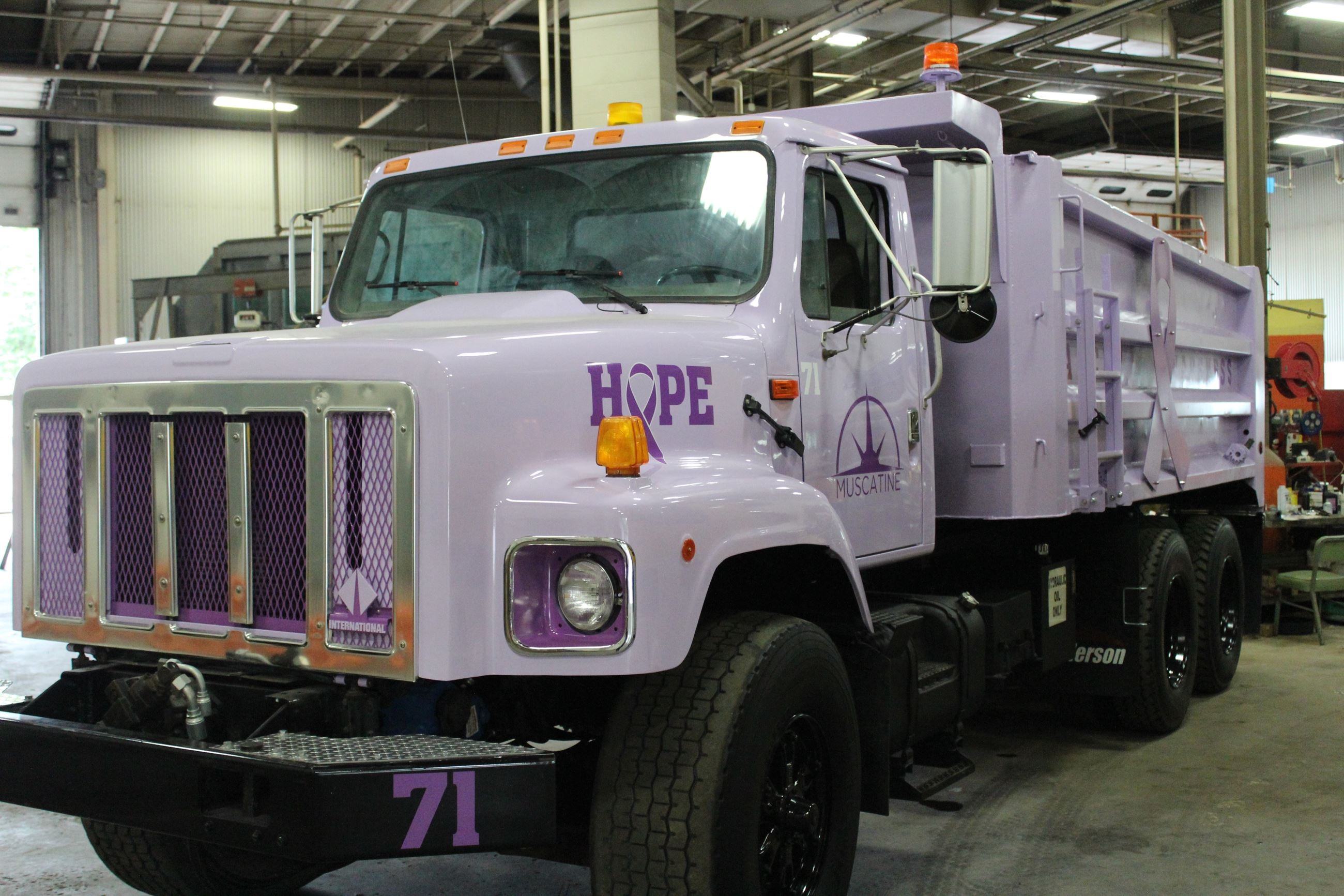Cancer Awareness City Truck 006