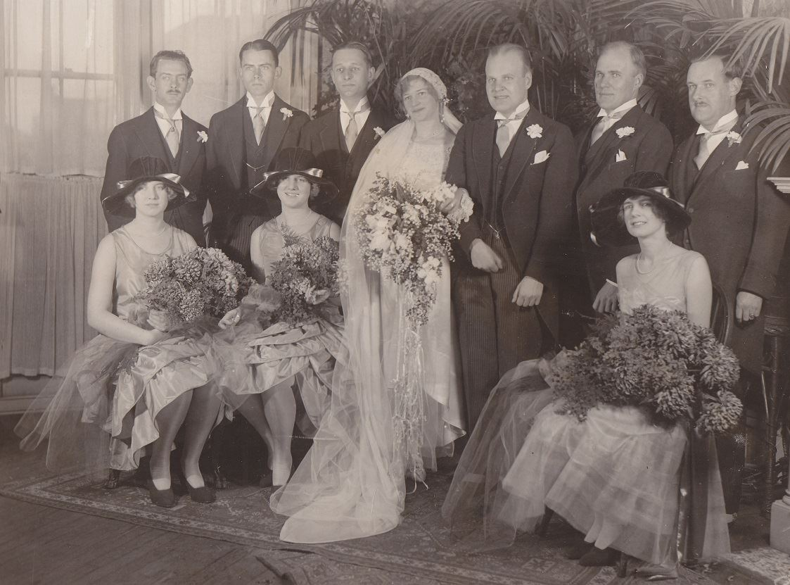 Elsie Butler Waller Wedding Party (JPG)