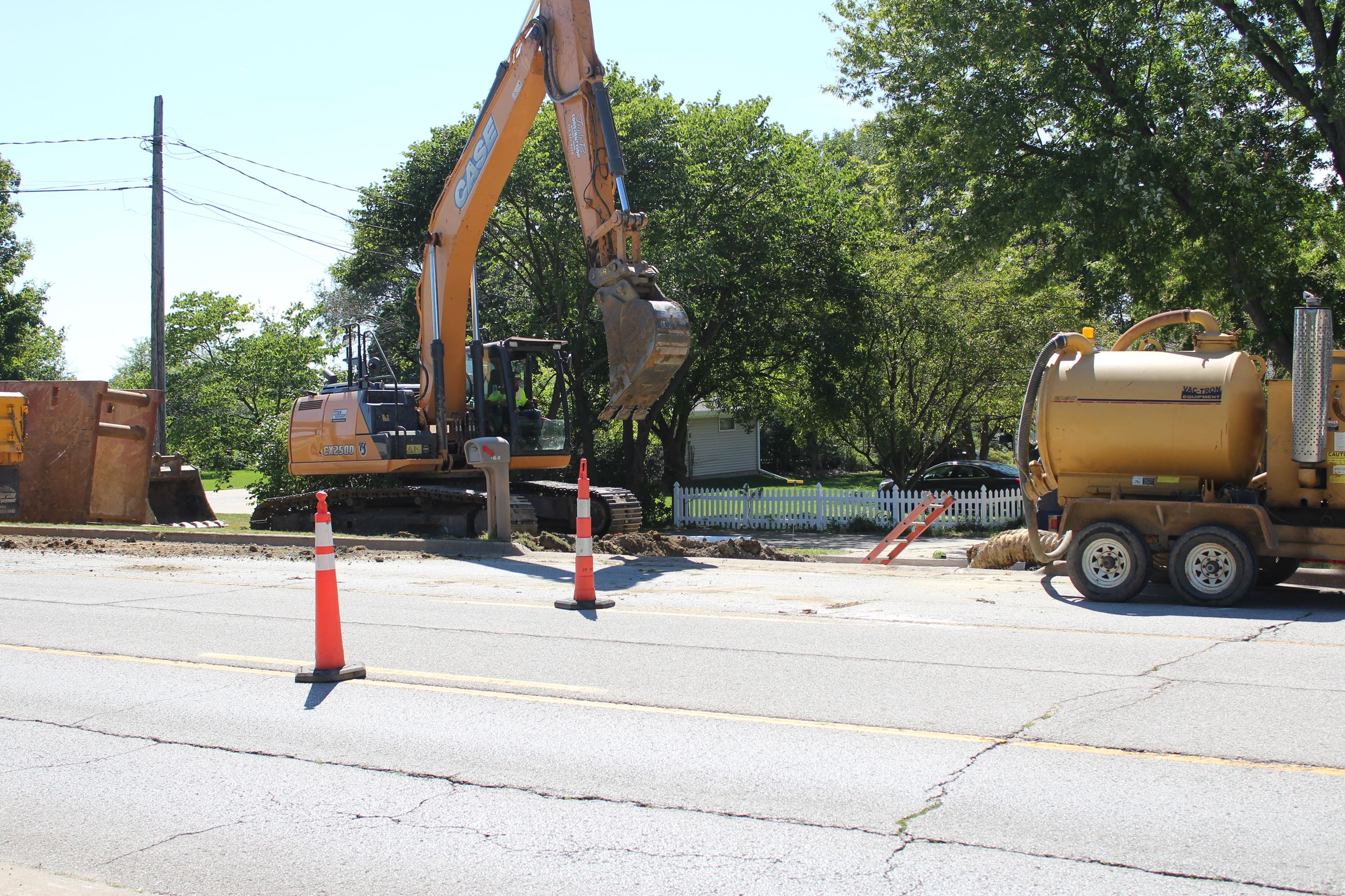 082020 Houser Street Sewer Repair 002 (JPG)